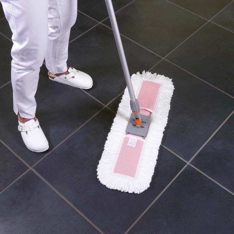 Floor cleaning with the Sweeping system